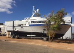 'Houtman' Fisheries patrol boat gets full service in Dongara