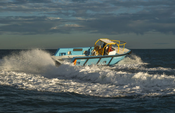 Manoeuvering of fast new work boat / line boat Jetwave Nelson Point built by boatbuilder Dongara Marine in Western Australia